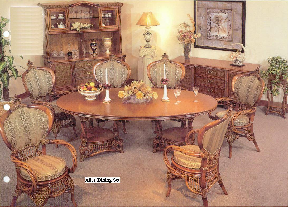 ALICE Dining table & chairs